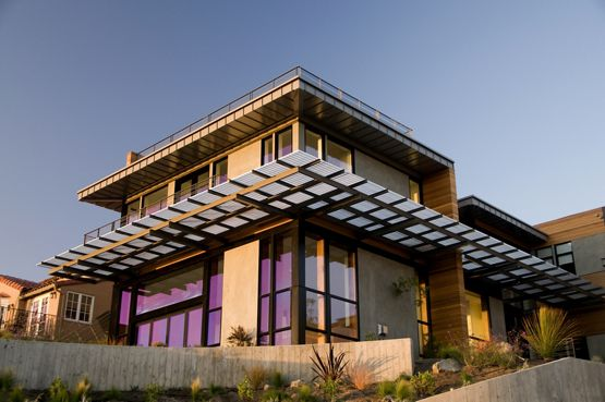 McNICHOLS Aluminum Bar Grating doubles as a walking surface and sunshade at this Oakland, CA residence