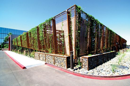 McNICHOLS ECO-MESH and ECO-ROCK together help this Phoenix, AZ building to stand apart