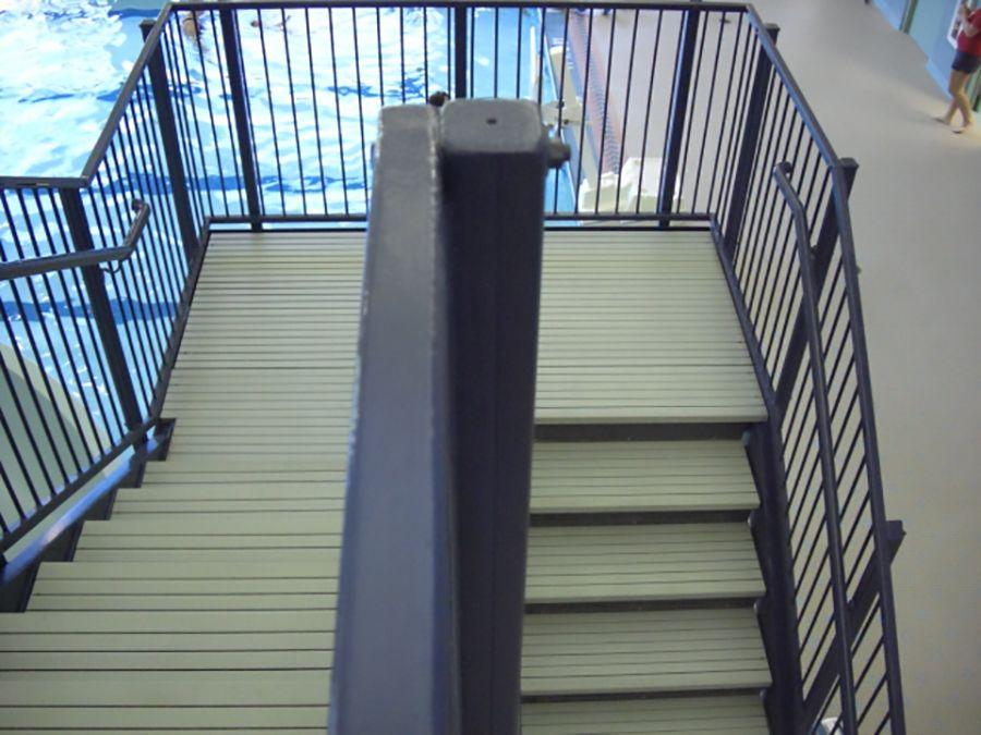 mcnichols-fiberglassgrating-stairtreads-stairtreadsapp