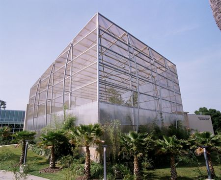 McNICHOLS Wire Mesh is installed as a building facade and helps to enclose the interior of this butterfly habitat in Gainesville, FL