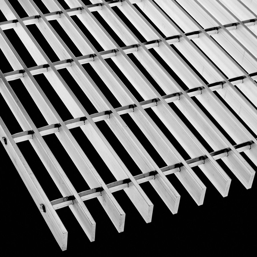 "McNICHOLS® Bar Grating Swage-Locked, GAL-100, 19-S-4 Spacing, Aluminum, Type 6063-T6, 1"" x 3/16"" Rectangular Bar, Smooth Surface, 77% Open Area"