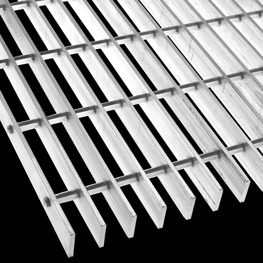 "McNICHOLS® Bar Grating Swage-Locked, GAL-125, 19-S-4 Spacing, Aluminum, Type 6063-T6, 1-1/4"" x 3/16"" Rectangular Bar, Smooth Surface, 77% Open Area"