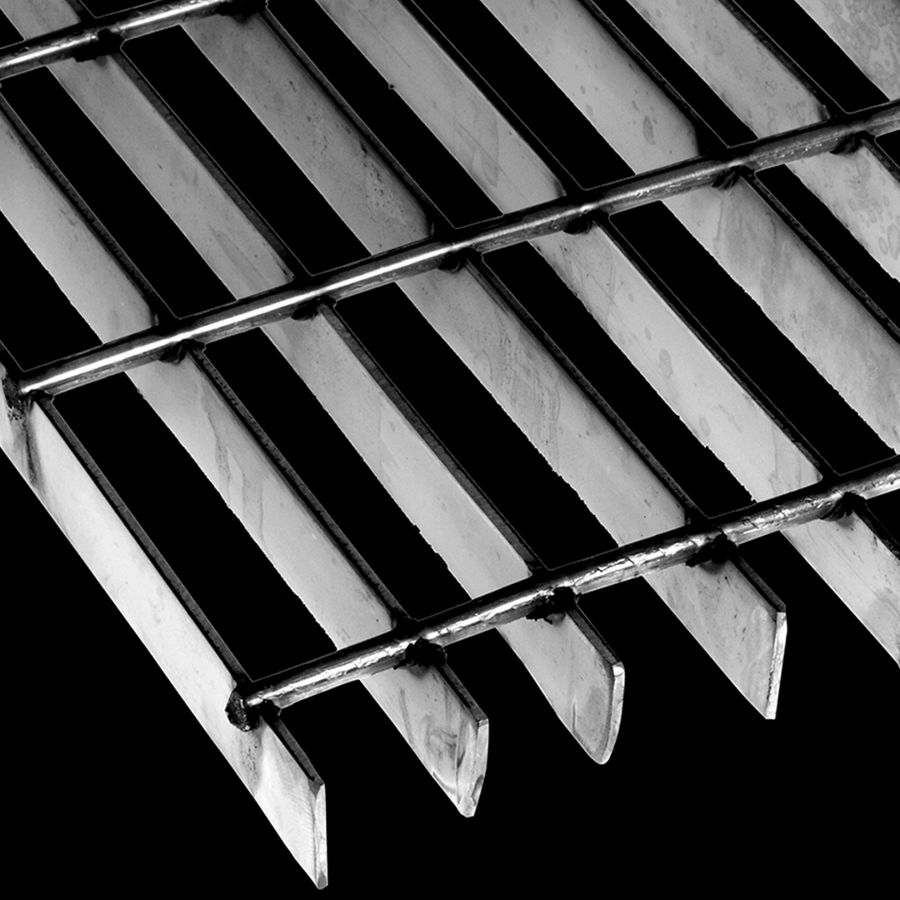 "McNICHOLS® Bar Grating Welded, Rectangular Bar, GW-100-A, 19-W-4 Spacing, Stainless Steel, Type 304, 1"" x 1/8"" Rectangular Bar, Smooth Surface, 83% Open Area"